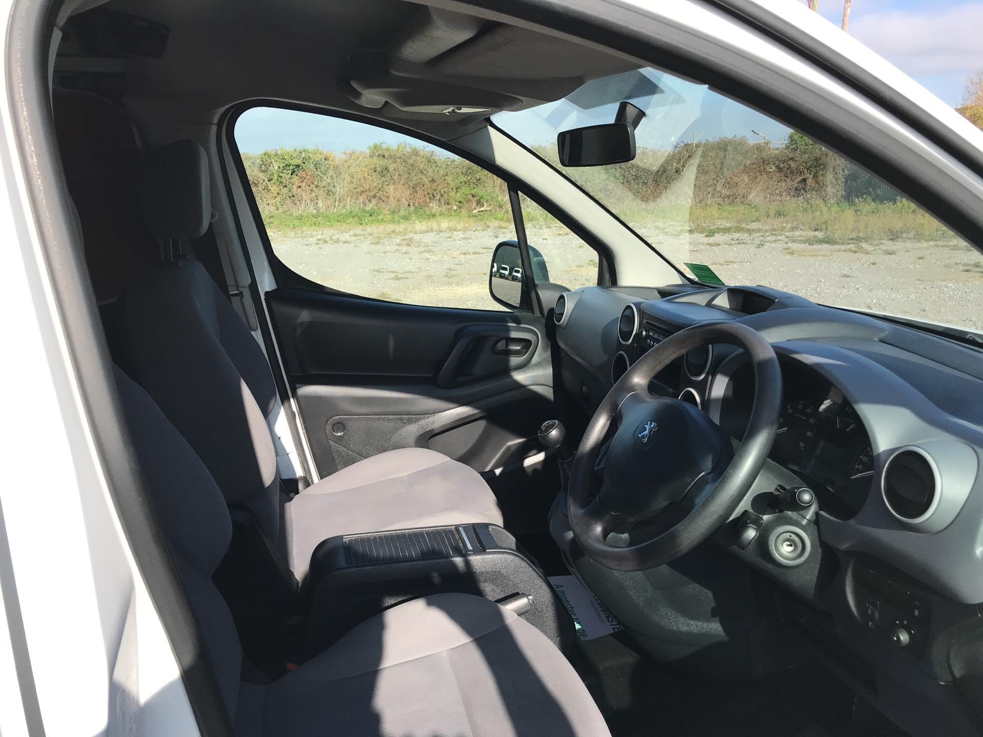 2015 Peugeot Partner L2 716 1.6 92 CREW VAN EURO 5 (NU15KUV) Image 9