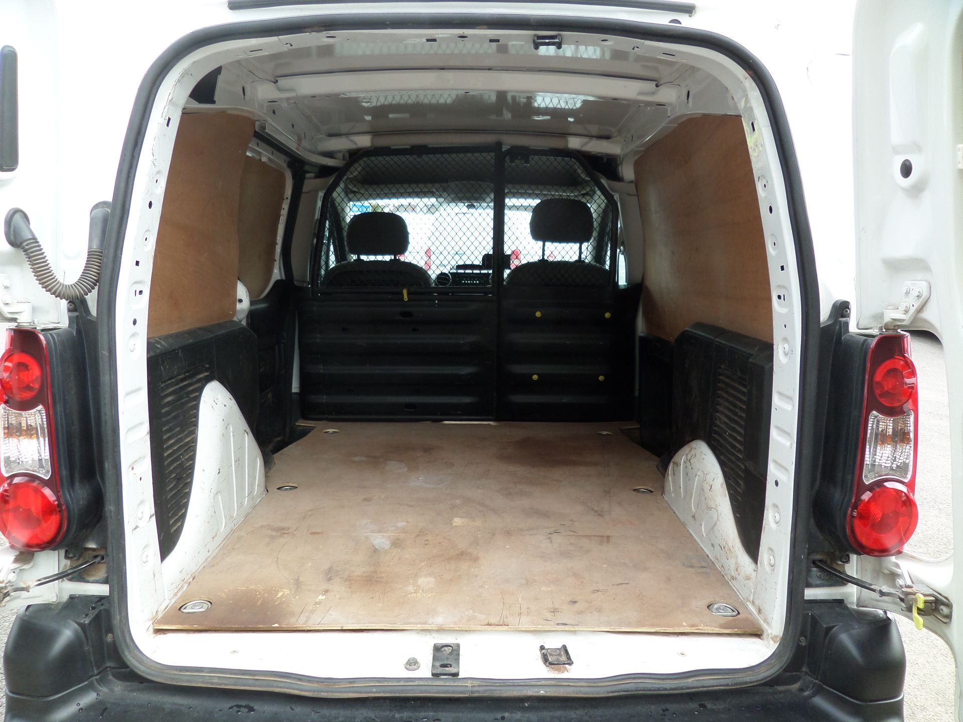 2015 Peugeot Partner 850 S 1.6 Hdi 92 Van [Sld] Euro 5 (NU15LJF) Image 5