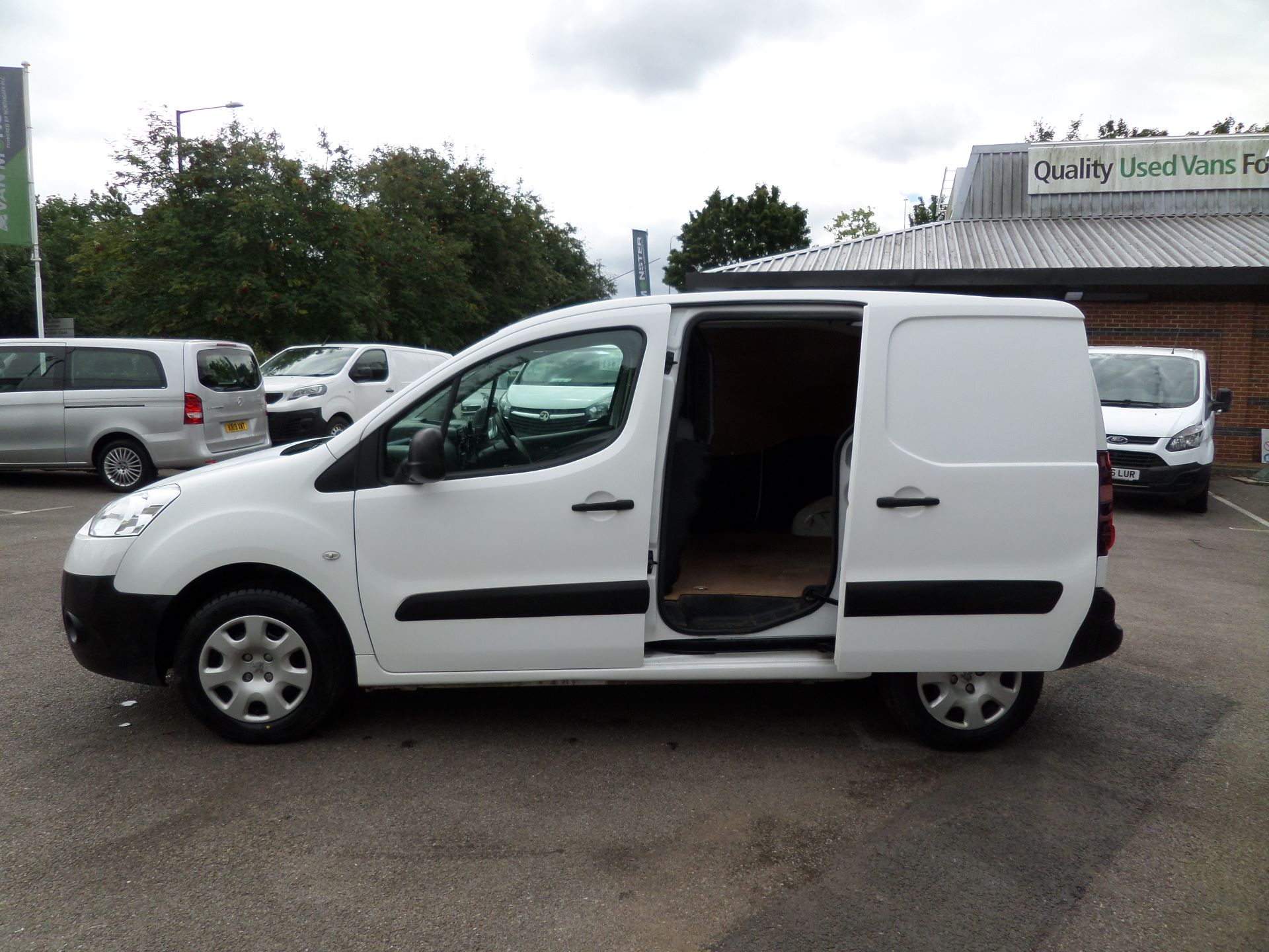 2015 Peugeot Partner 850 S 1.6 Hdi 92 Van [Sld] Euro 5 (NU15LJF) Image 7