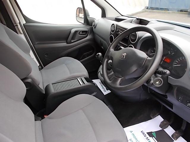 2015 Peugeot Partner L1 850 S 1.6 92PS (SLD) EURO 5 (NU15RSV) Image 18