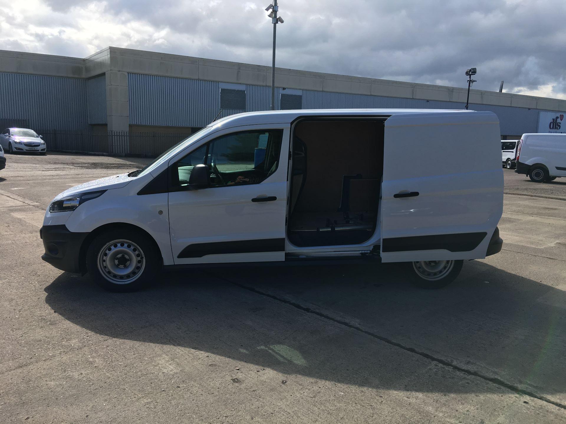2016 Ford Transit Connect 210 L2 1.6 TDCI 75PS VAN EURO 6 (NU16AEF) Image 19