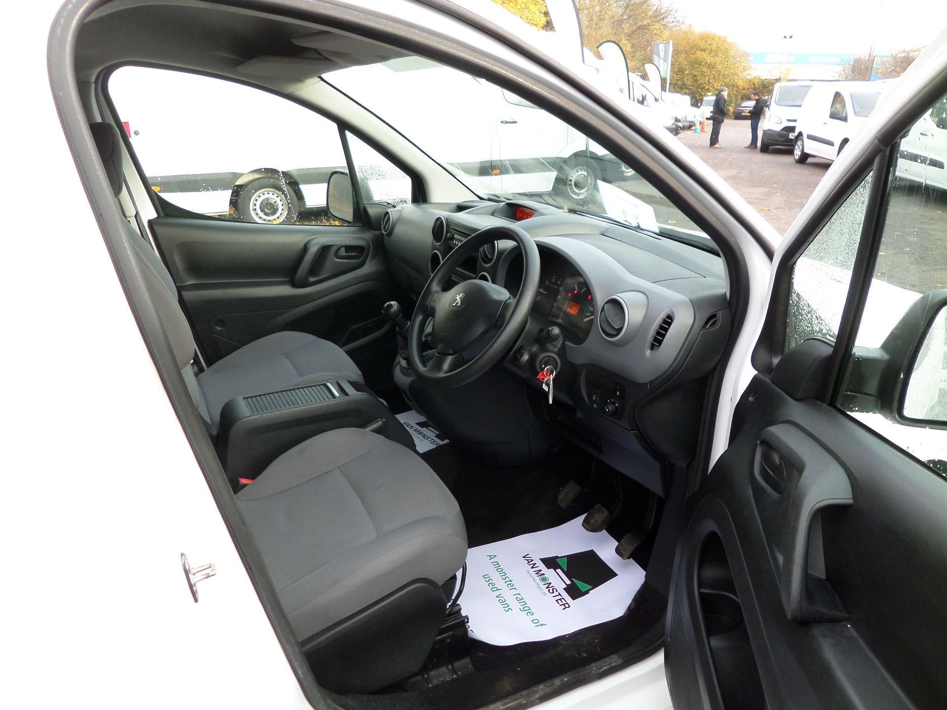 2016 Peugeot Partner 850 S 1.6 Hdi 92 Van [Sld] Euro 5 (NU16AGY) Image 10