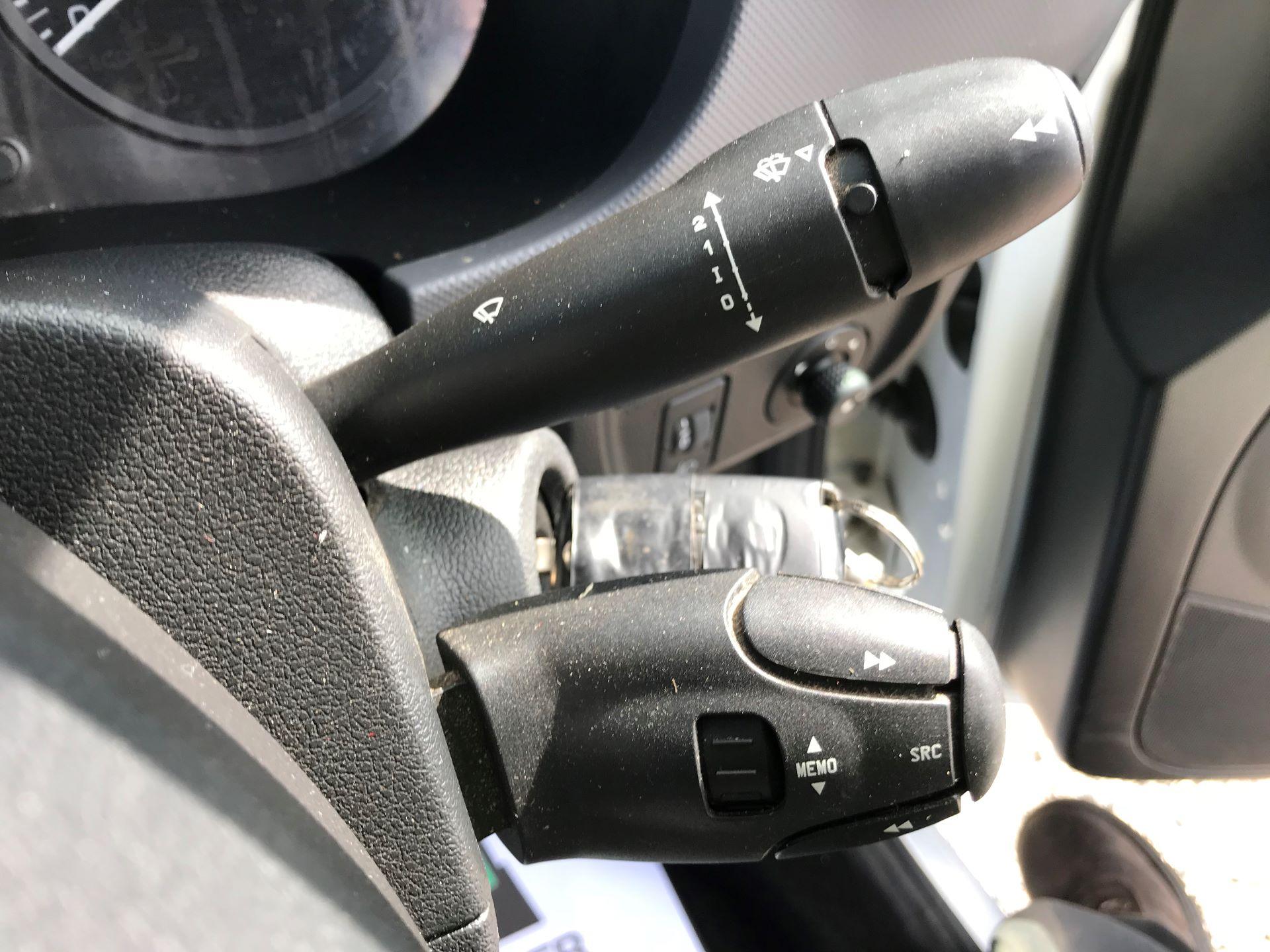 2016 Peugeot Partner L1 850 S 1.6 92PS [SLD] EURO 5 (NU16AKX) Image 20