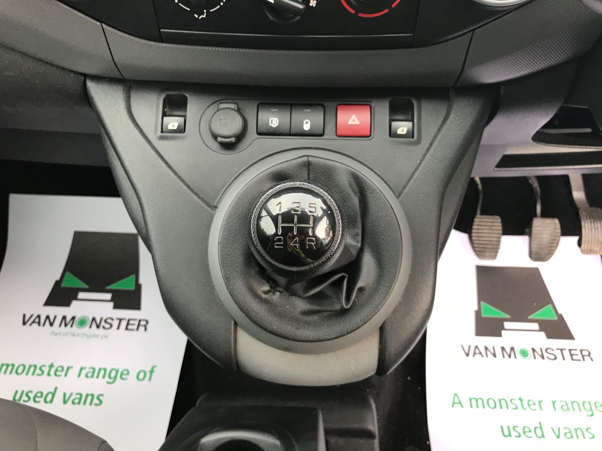 2016 Peugeot Partner L1 850 S 1.6 92PS [SLD] EURO 5 (NU16AMO) Image 24