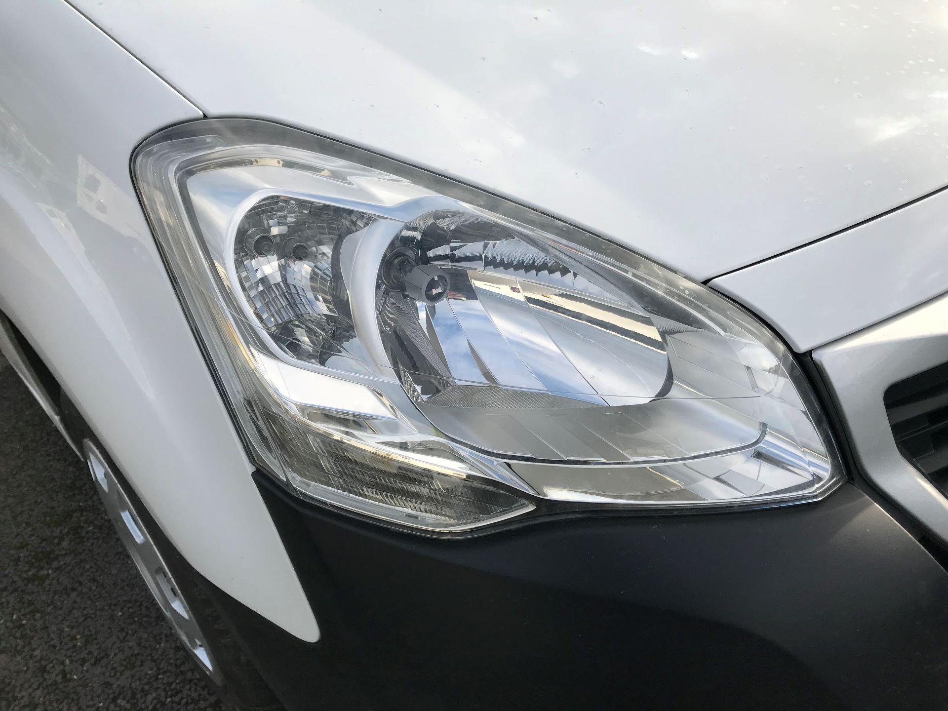 2016 Peugeot Partner L1 850 S 1.6 92PS [SLD] EURO 5  (NU16APV) Image 14