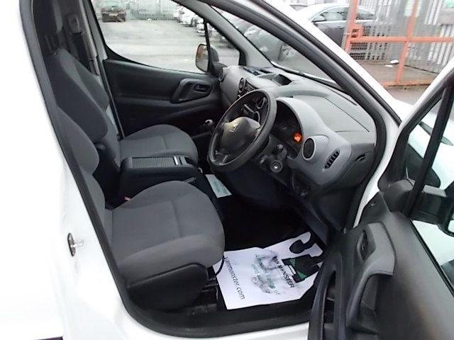 2016 Peugeot Partner L1 850 S 1.6 92PS [SLD] EURO 5 (NU16ASZ) Image 16