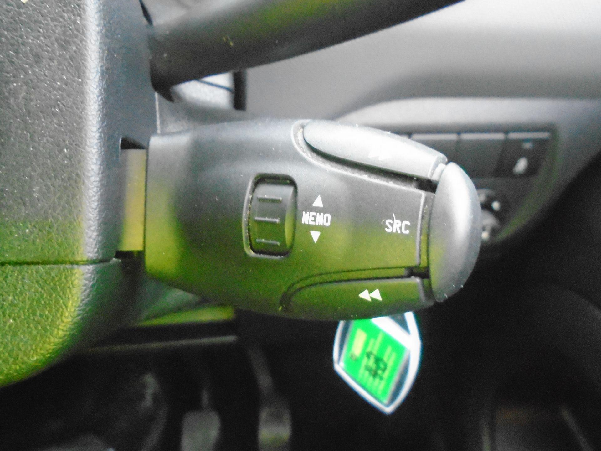 2016 Peugeot Partner 850 S 1.6 Hdi 92 Van [Sld] (NU16ATZ) Image 24
