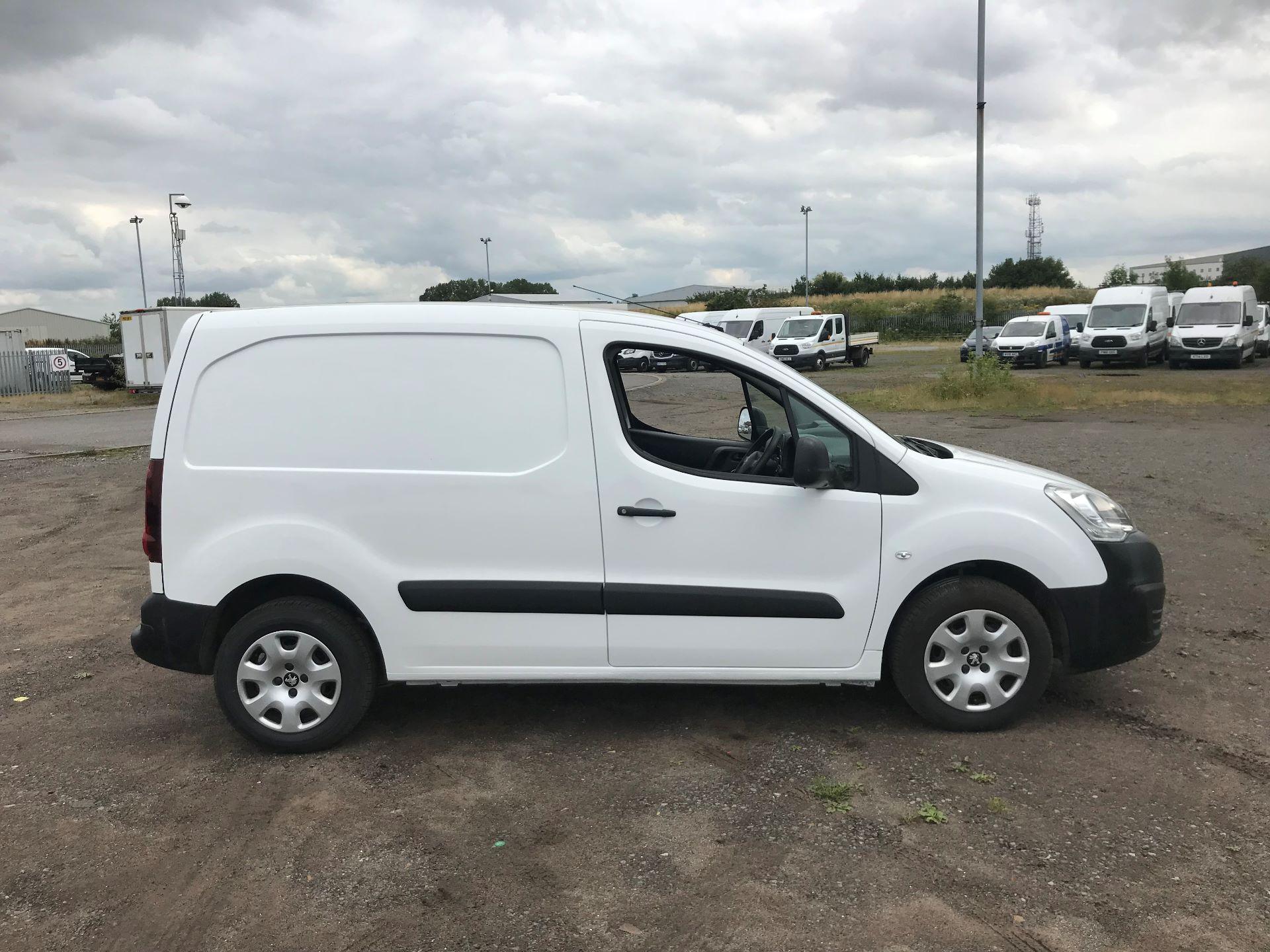 2016 Peugeot Partner  L1 850 1.6 92PS EURO 5 (NU16DKV) Image 3