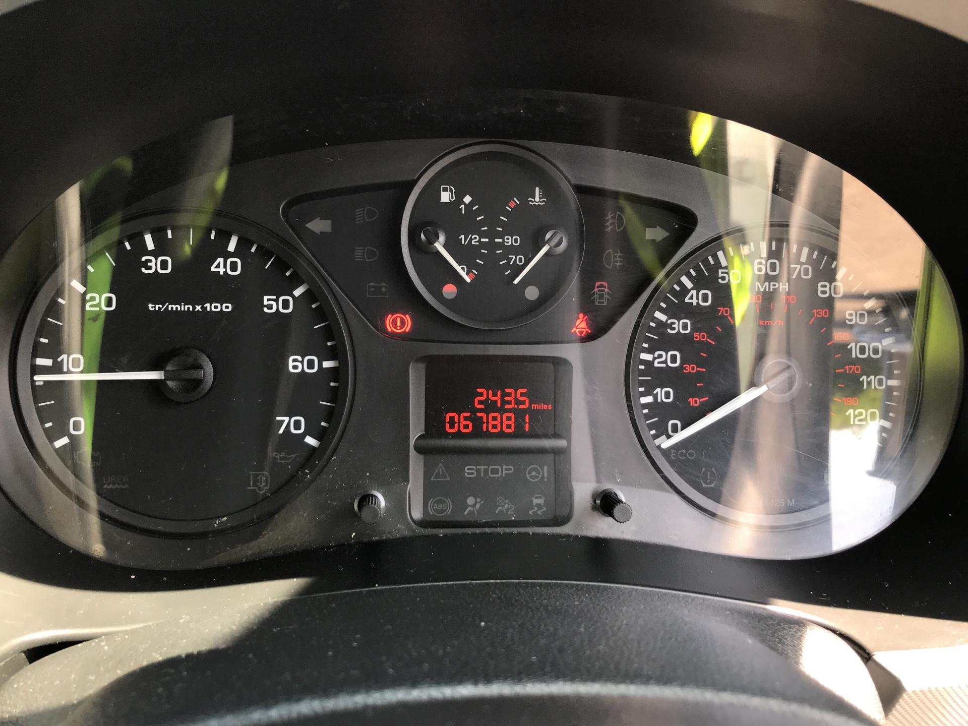 2016 Peugeot Partner L1 850 S 1.6HDI 92PS [SLD] EURO 5 (NU16HCA) Image 13