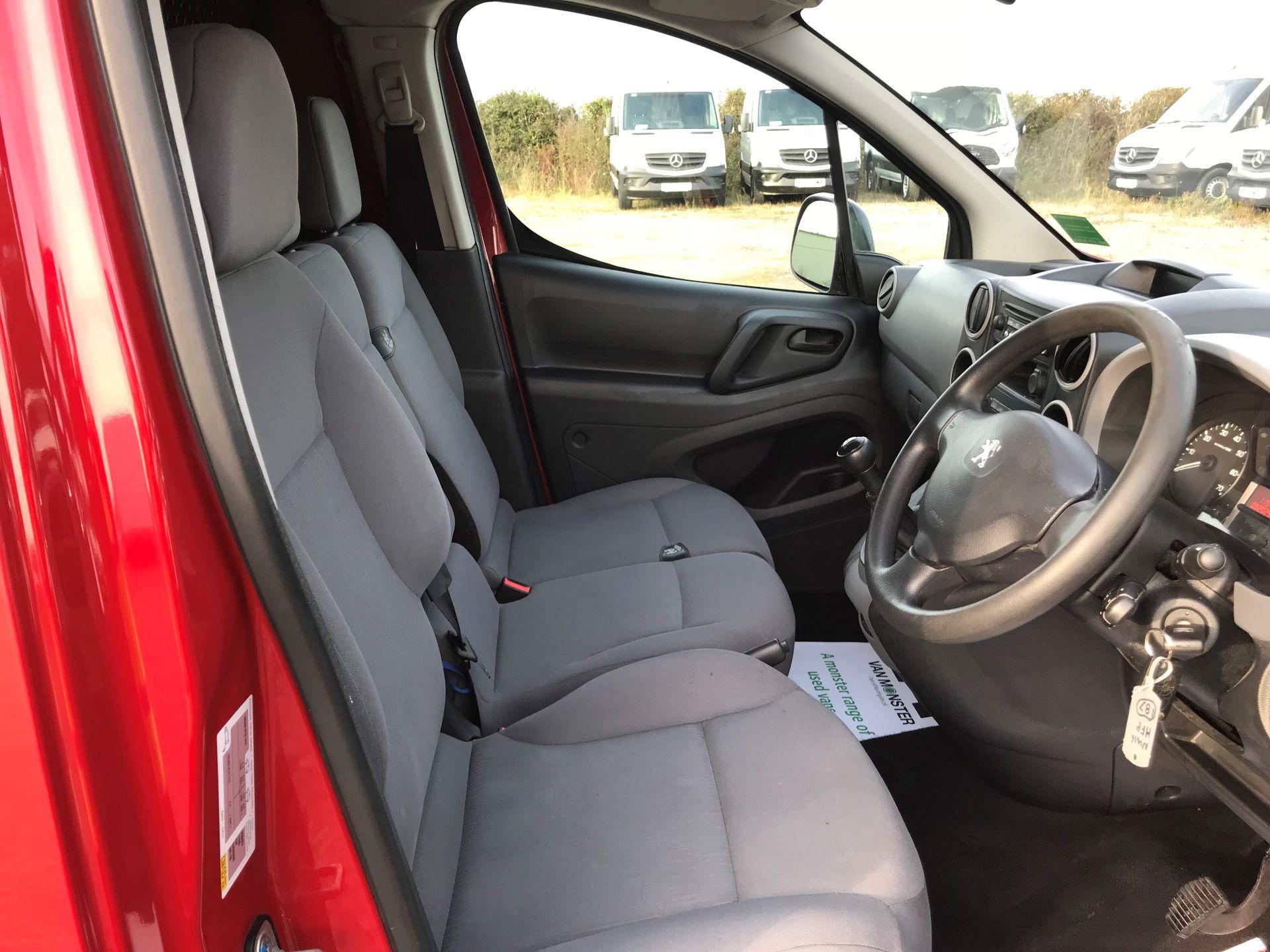 2016 Peugeot Partner  L1 850 SE 1.6 92PS EURO 5 RESTRICTED TO 70MPH (NU16HFP) Image 16