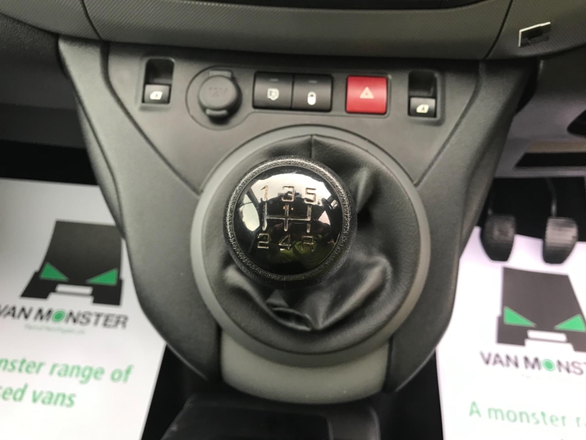 2016 Peugeot Partner L2 715 S 1.6 92PS CREW VAN EURO 5 (NU16HFZ) Image 16