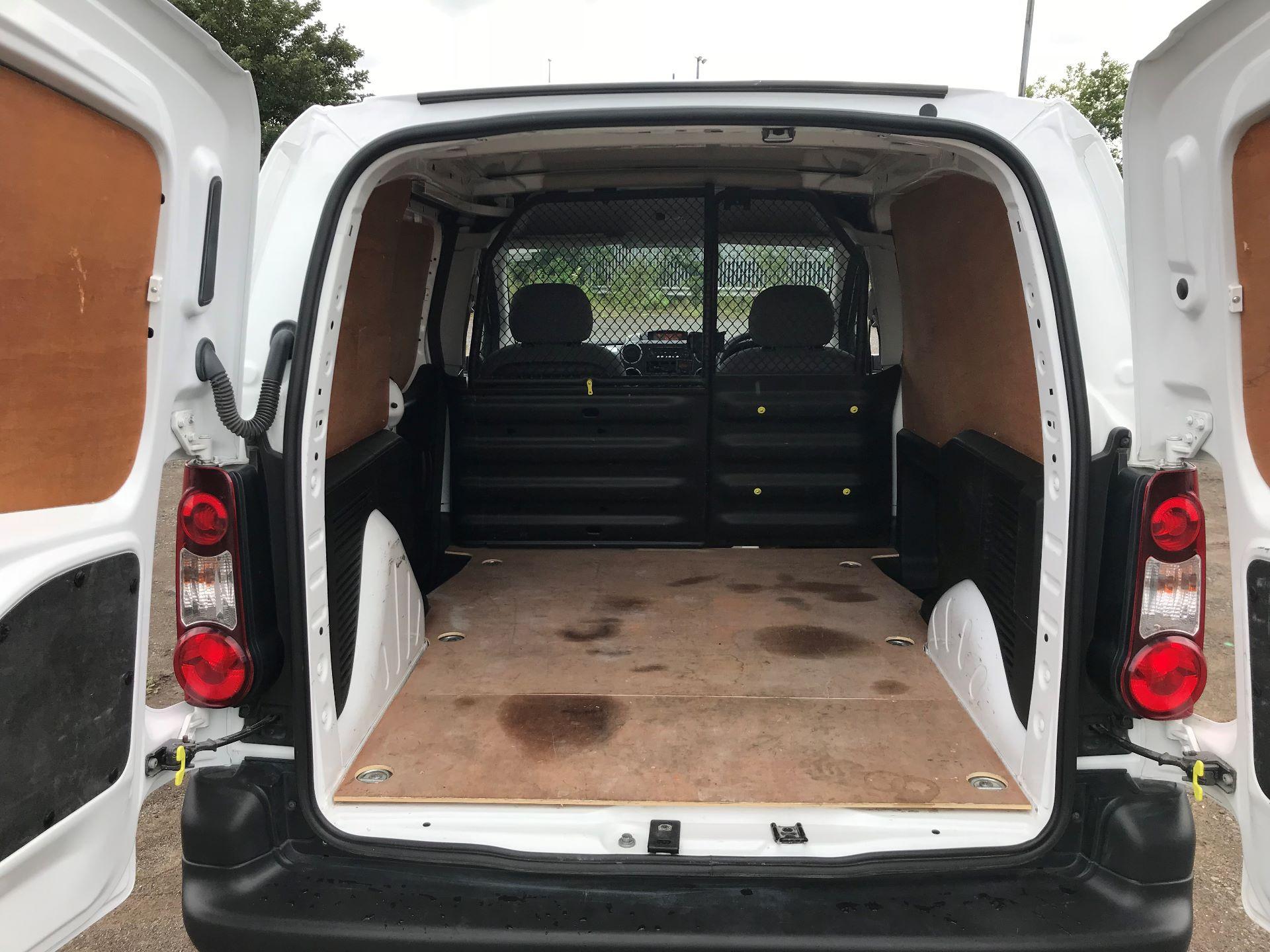 2016 Peugeot Partner 850 S 1.6 Hdi 92 Van [Sld] (NU16WTG) Image 16