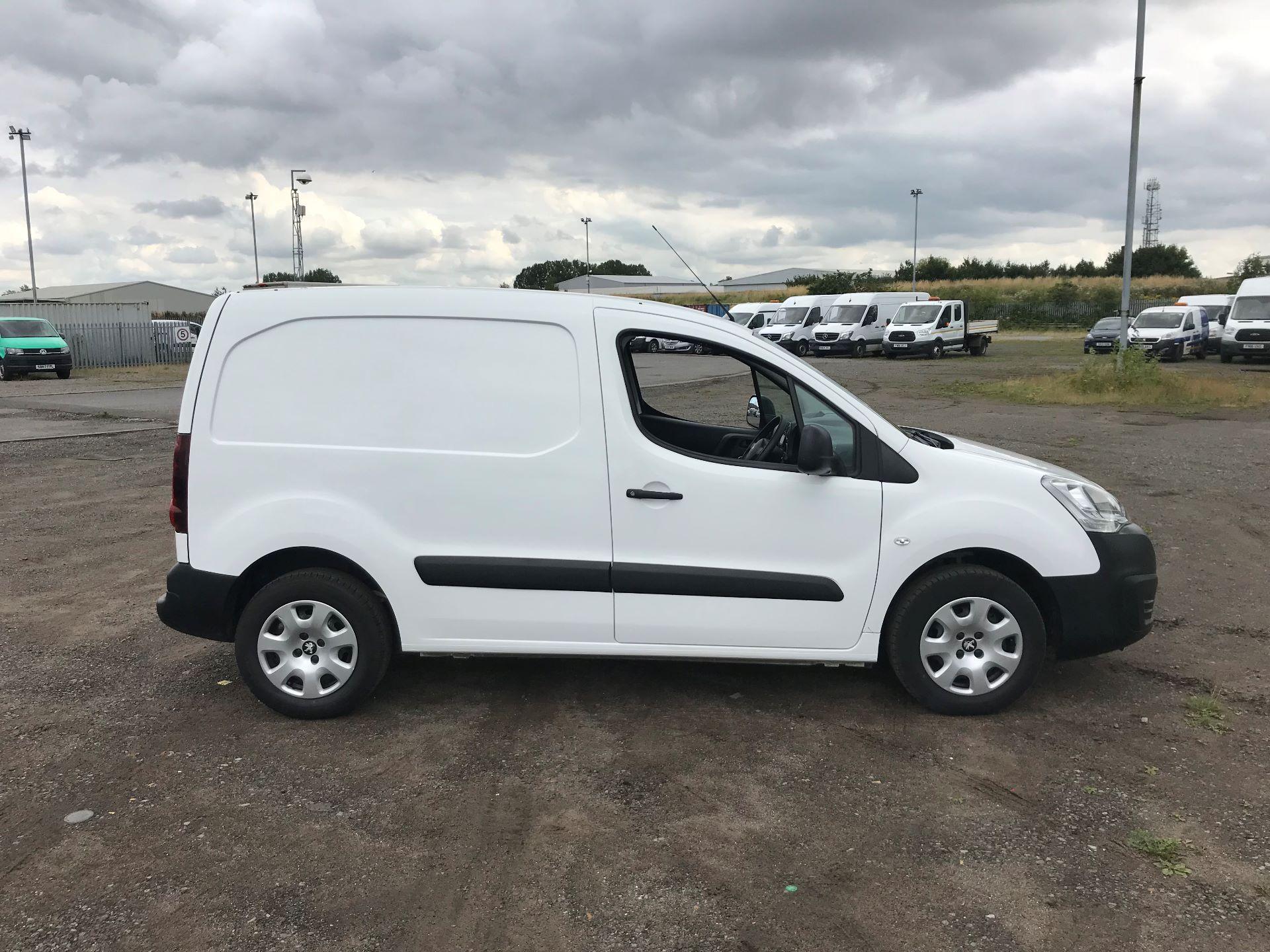 2016 Peugeot Partner 850 S 1.6 Hdi 92 Van [Sld] (NU16WTG) Image 3