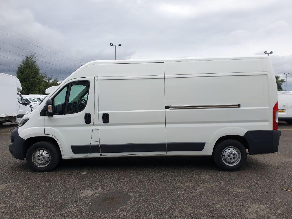 2016 Peugeot Boxer 2.2 Hdi L3 H2 Van 130Ps (NU16WTR) Image 4