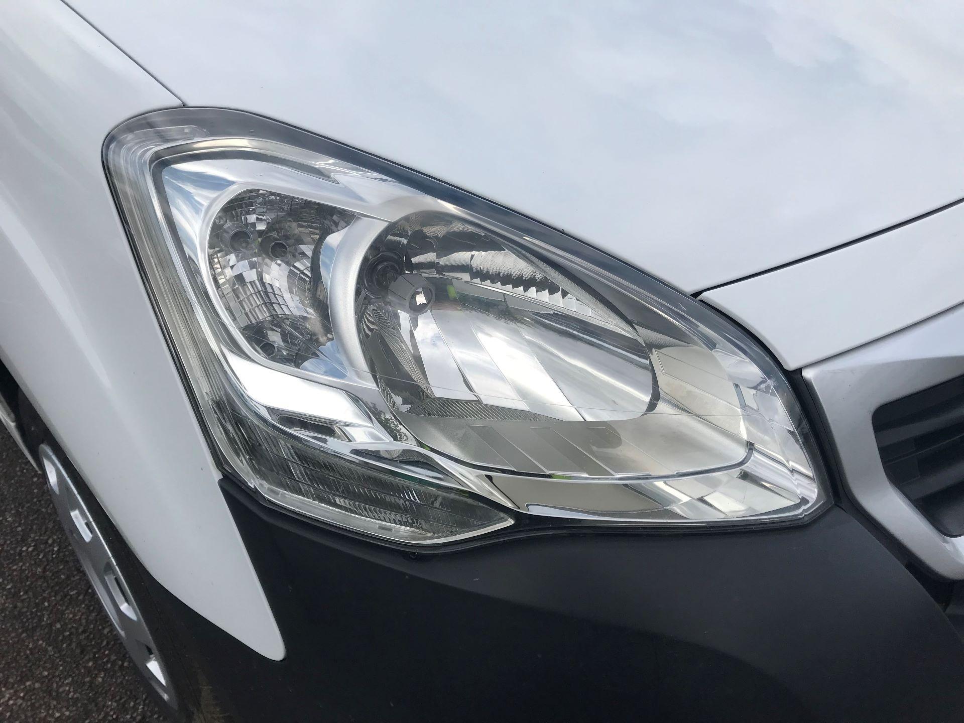 2016 Peugeot Partner  L2 715 S 1.6 92PS CREW EURO 5 (NU16XVX) Image 15