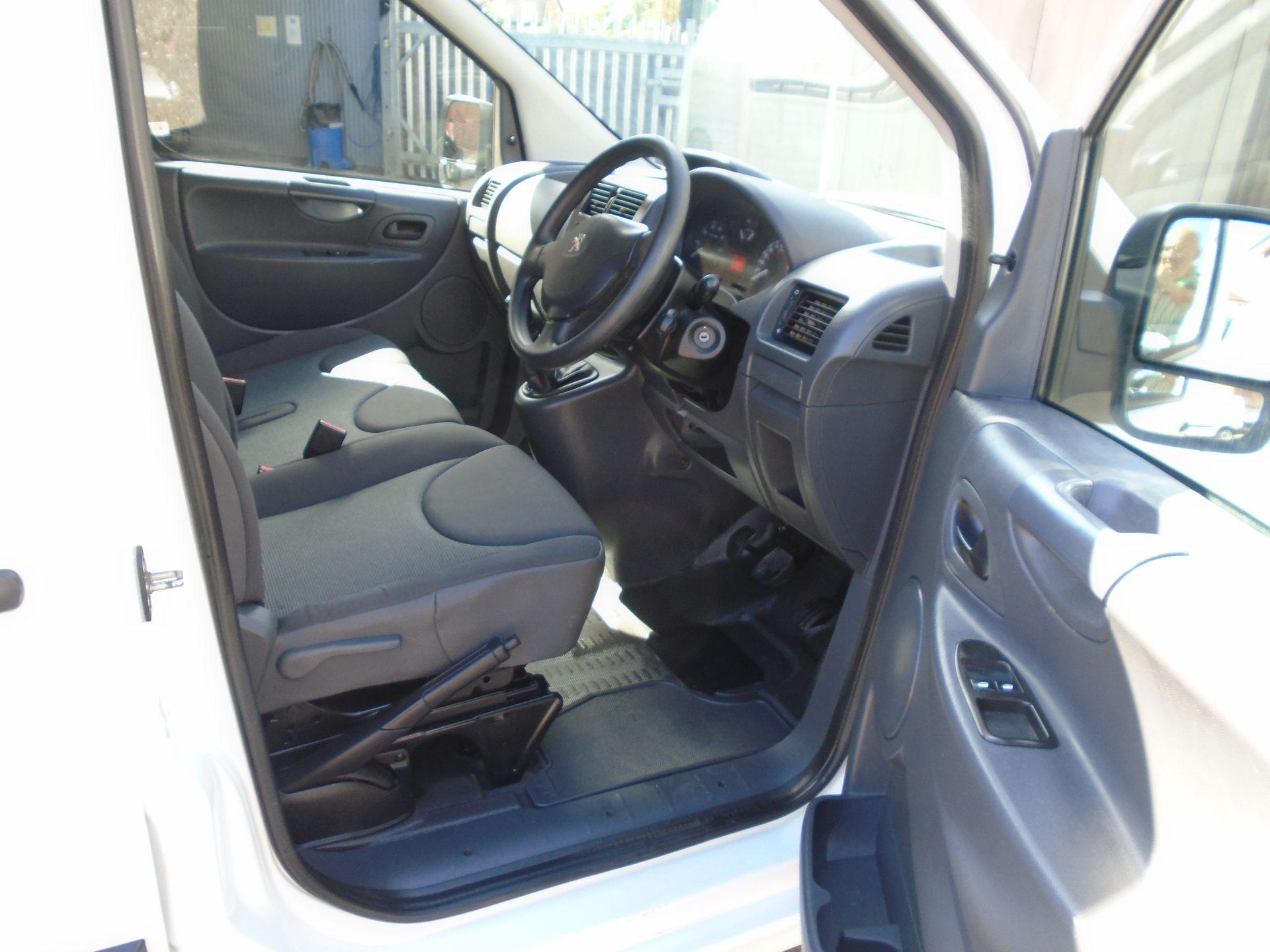 2016 Peugeot Expert 1000 1.6 Hdi 90 H1 Van(EURO 5) (NU16YOY) Image 16