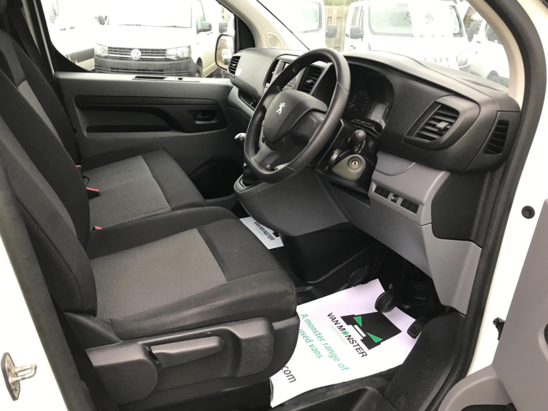 2017 Peugeot Expert  STANDARD 1000 1.6 BLUEHDI 95 S EURO 6 (NU17BBJ) Image 10