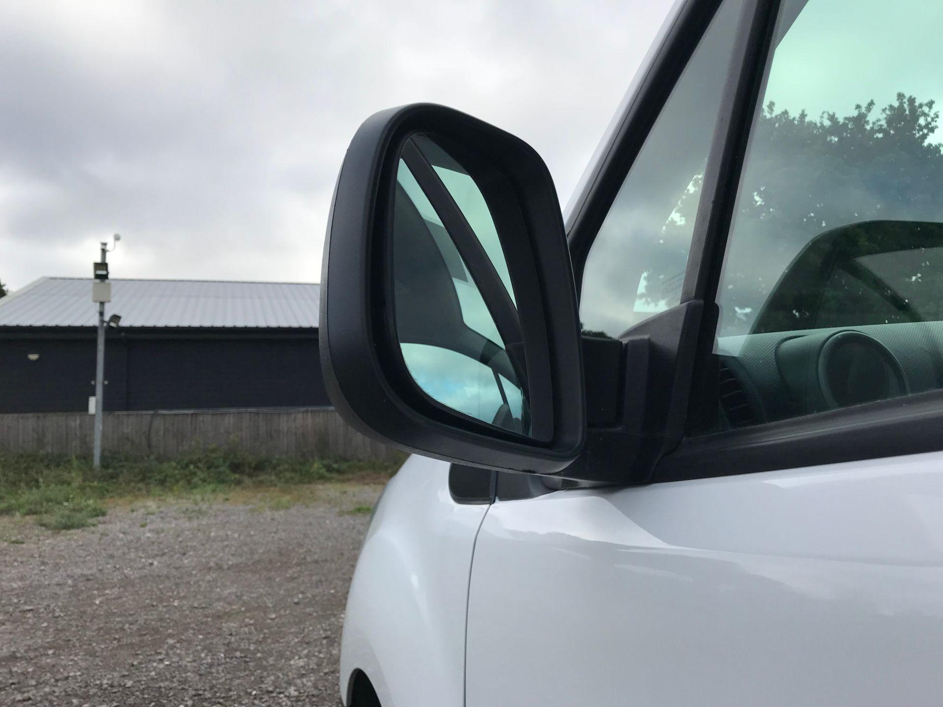 2017 Peugeot Partner 850 1.6 Bluehdi 100 Professional Van [Non Ss] (NU17BHA) Image 14