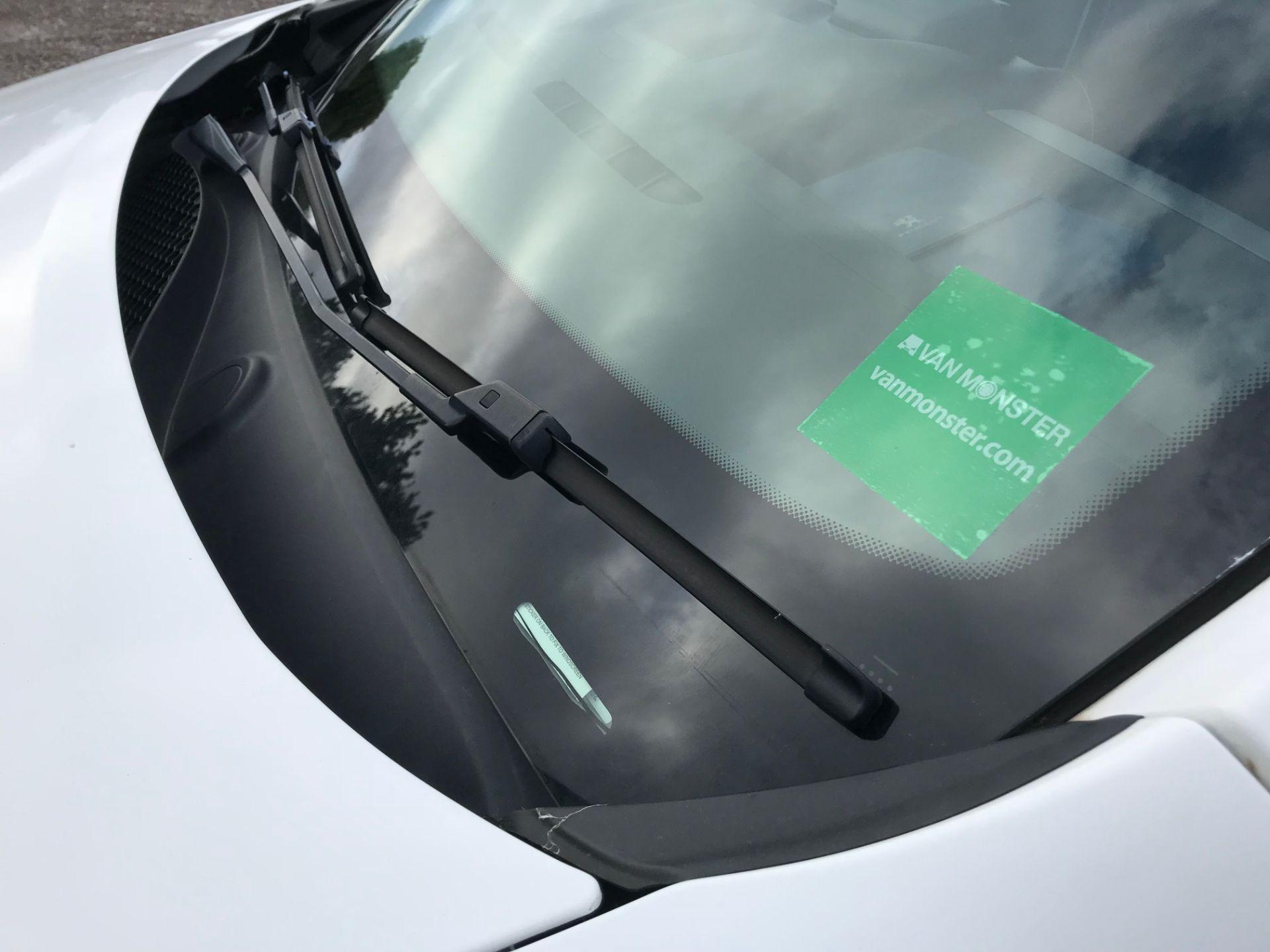 2017 Peugeot Partner 850 1.6 Bluehdi 100 Professional Van [Non Ss] (NU17BHA) Image 20