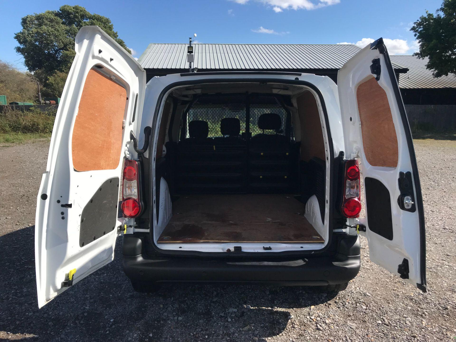 2017 Peugeot Partner 850 1.6 Bluehdi 100 Professional Van [Non Ss] (NU17BHW) Image 11