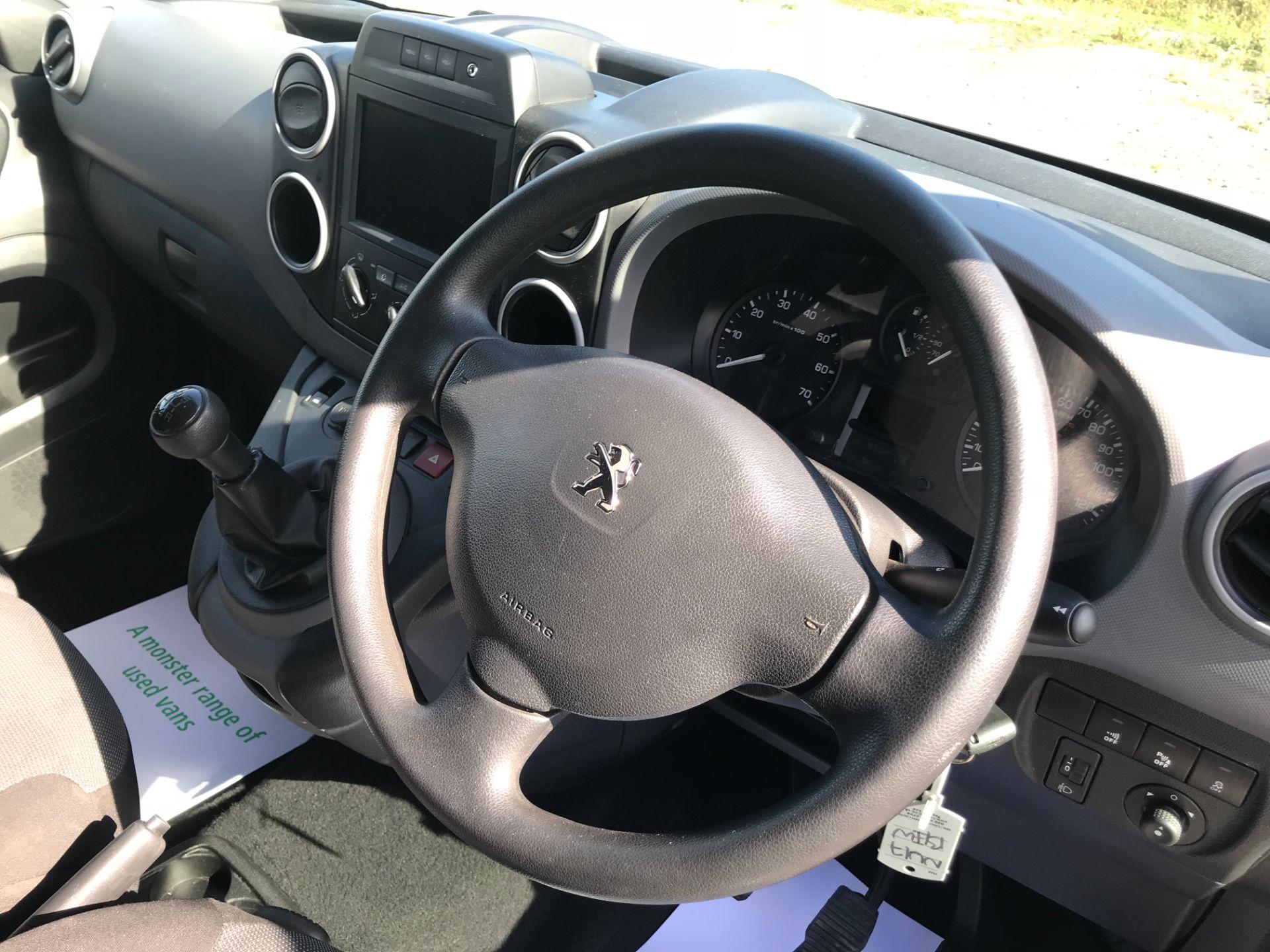 2017 Peugeot Partner 850 1.6 Bluehdi 100 Professional Van [Non Ss] (NU17BHW) Image 19