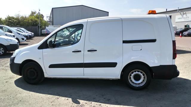 2017 Peugeot Partner L2 715 S 1.6 Blue HDI 100 Crew van (parking sensor not working) (NU17CWW) Image 3
