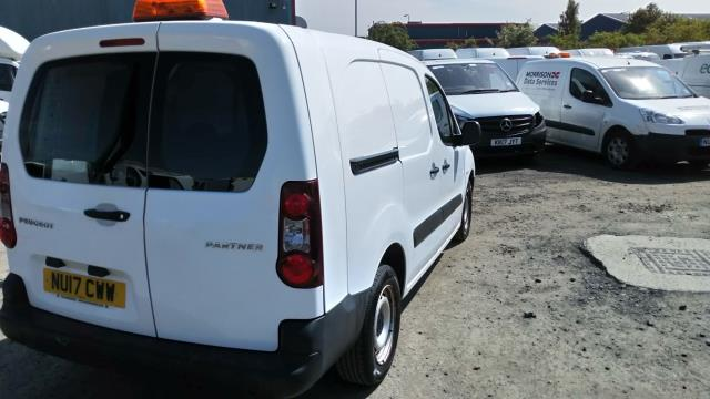 2017 Peugeot Partner L2 715 S 1.6 Blue HDI 100 Crew van (parking sensor not working) (NU17CWW) Image 5
