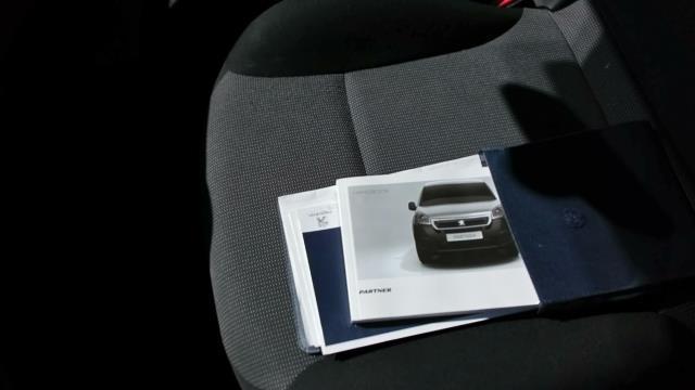 2017 Peugeot Partner L2 715 S 1.6 Blue HDI 100 Crew van (parking sensor not working) (NU17CWW) Image 15