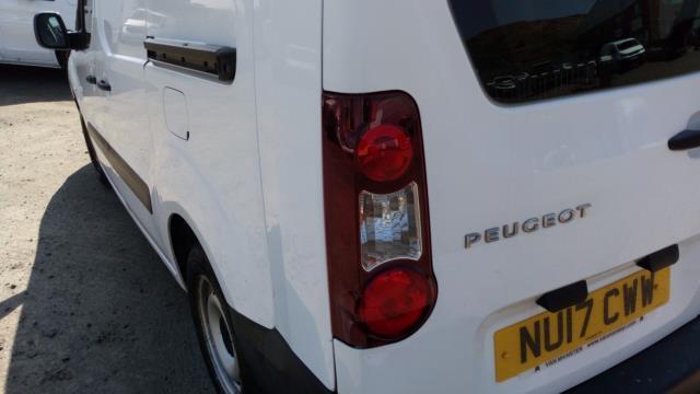 2017 Peugeot Partner L2 715 S 1.6 Blue HDI 100 Crew van (parking sensor not working) (NU17CWW) Image 7