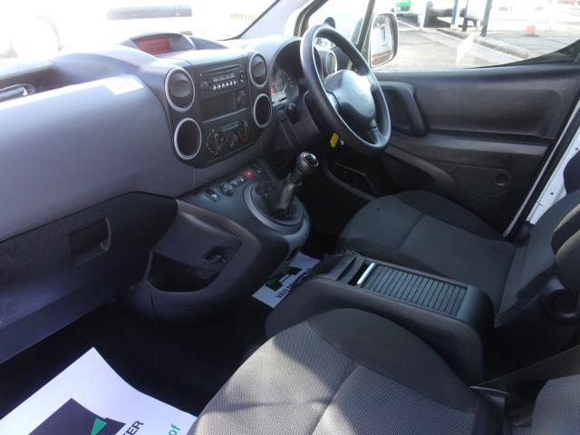 2017 Peugeot Partner 715 S 1.6 Bluehdi 100 Crew Van (NU17CXG) Image 13