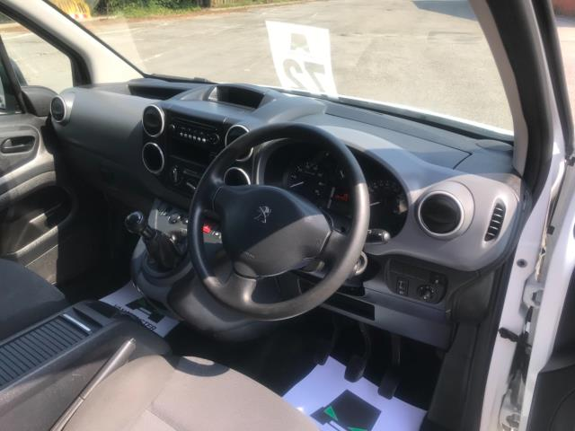 2017 Peugeot Partner 750 S 1.6 L2 Bluehdi 100 Van Non Start Stop Euro 6 (NU17EEW) Image 11