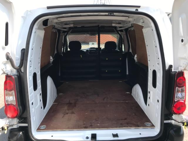 2017 Peugeot Partner 750 S 1.6 L2 Bluehdi 100 Van Non Start Stop Euro 6 (NU17EEW) Image 34
