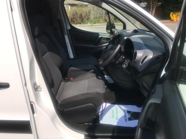 2017 Peugeot Partner 750 S 1.6 L2 Bluehdi 100 Van Non Start Stop Euro 6 (NU17EEW) Image 12