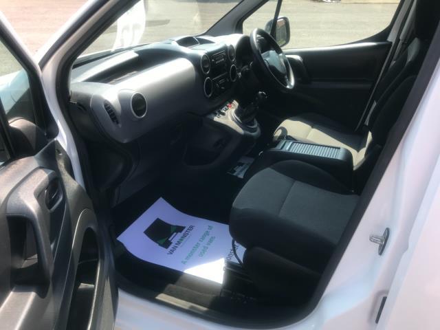 2017 Peugeot Partner 750 S 1.6 L2 Bluehdi 100 Van Non Start Stop Euro 6 (NU17EEW) Image 24