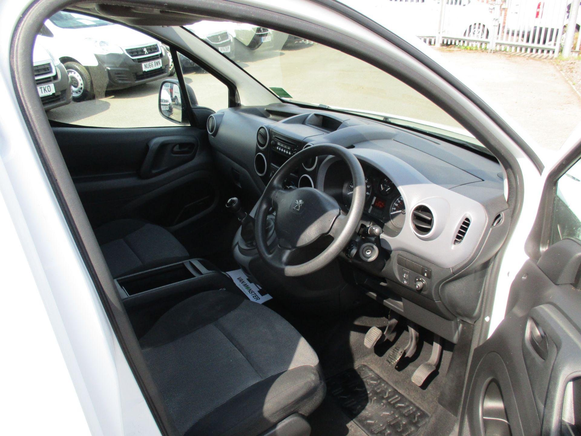 2017 Peugeot Partner 750 S 1.6 Bluehdi 100 Van [Non Start Stop] (NU17EEZ) Image 12