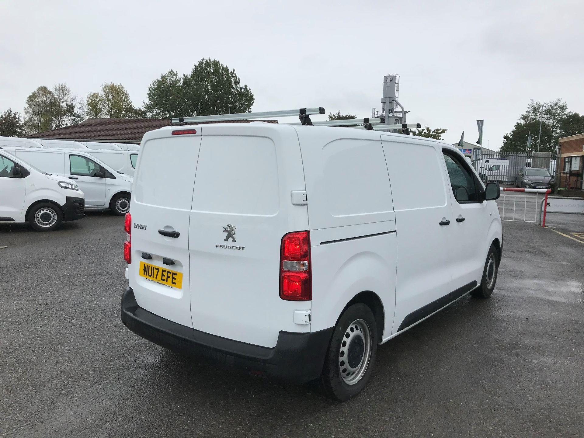 2017 Peugeot Expert 1000 1.6 Bluehdi 95 S Van (NU17EFE) Image 7