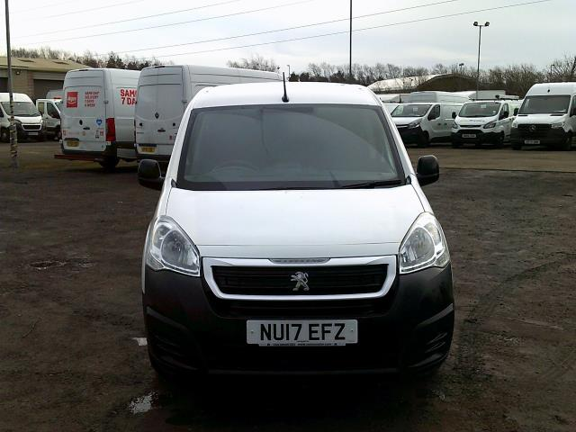 2017 Peugeot Partner 850 1.6 Bluehdi 100 Professional Van [Non Ss] *SPEED RESTRICTED TO 70MPH* (NU17EFZ) Image 2