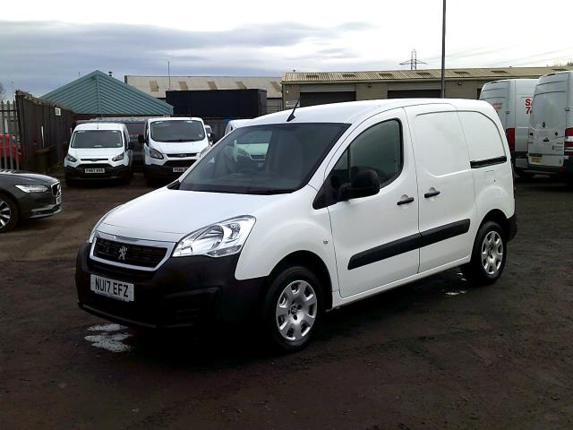 2017 Peugeot Partner 850 1.6 Bluehdi 100 Professional Van [Non Ss] *SPEED RESTRICTED TO 70MPH* (NU17EFZ) Image 3