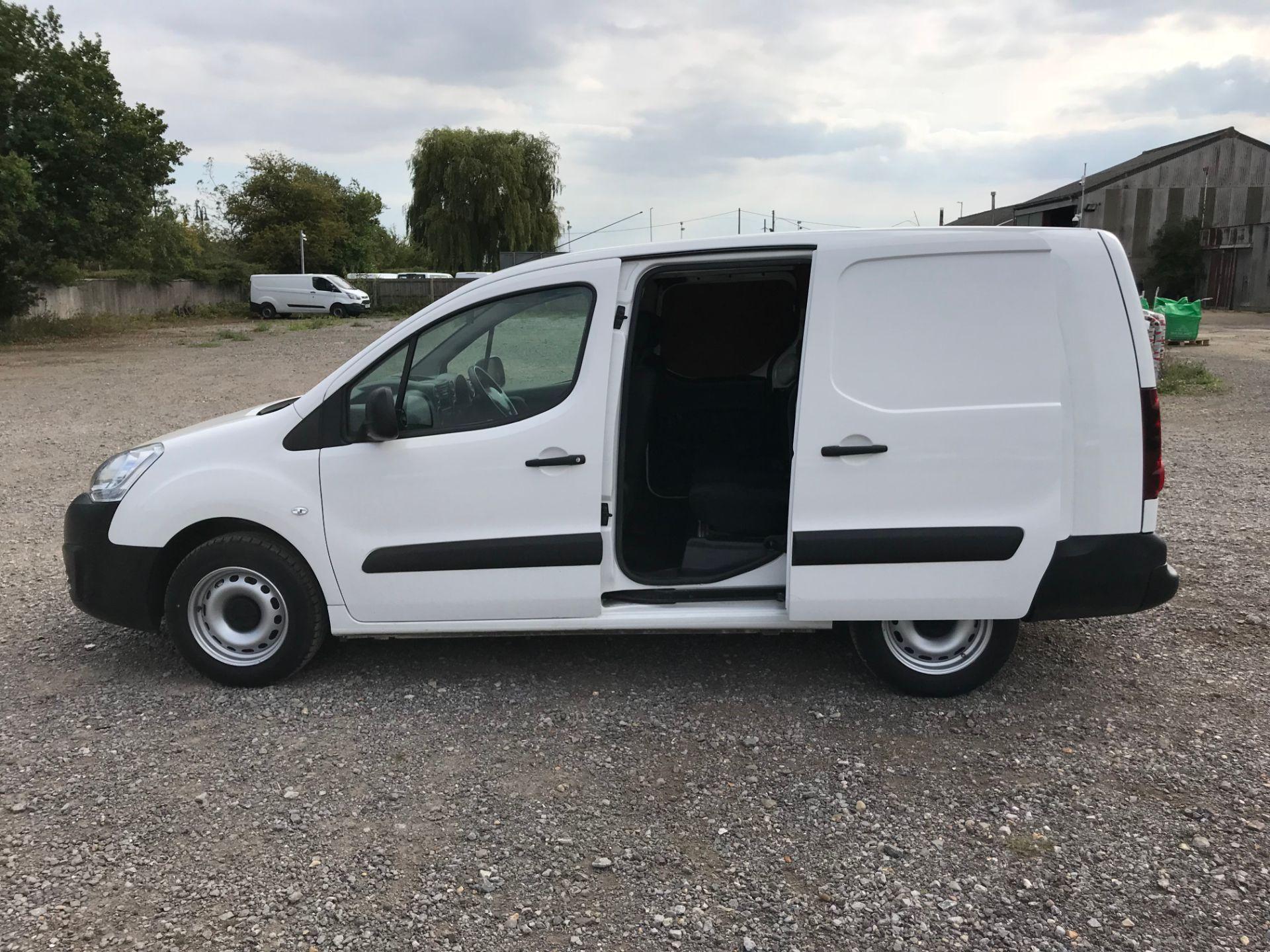 2017 Peugeot Partner 715 S 1.6 Bluehdi 100 Crew Van (NU17ENV) Image 8