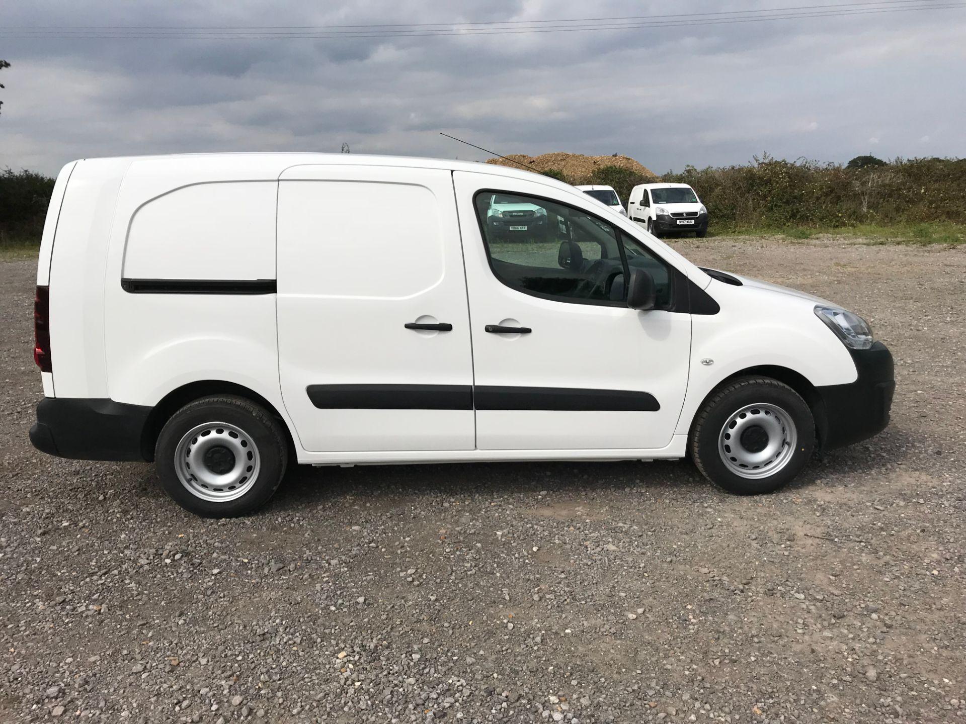 2017 Peugeot Partner 715 S 1.6 Bluehdi 100 Crew Van (NU17ENV) Image 9