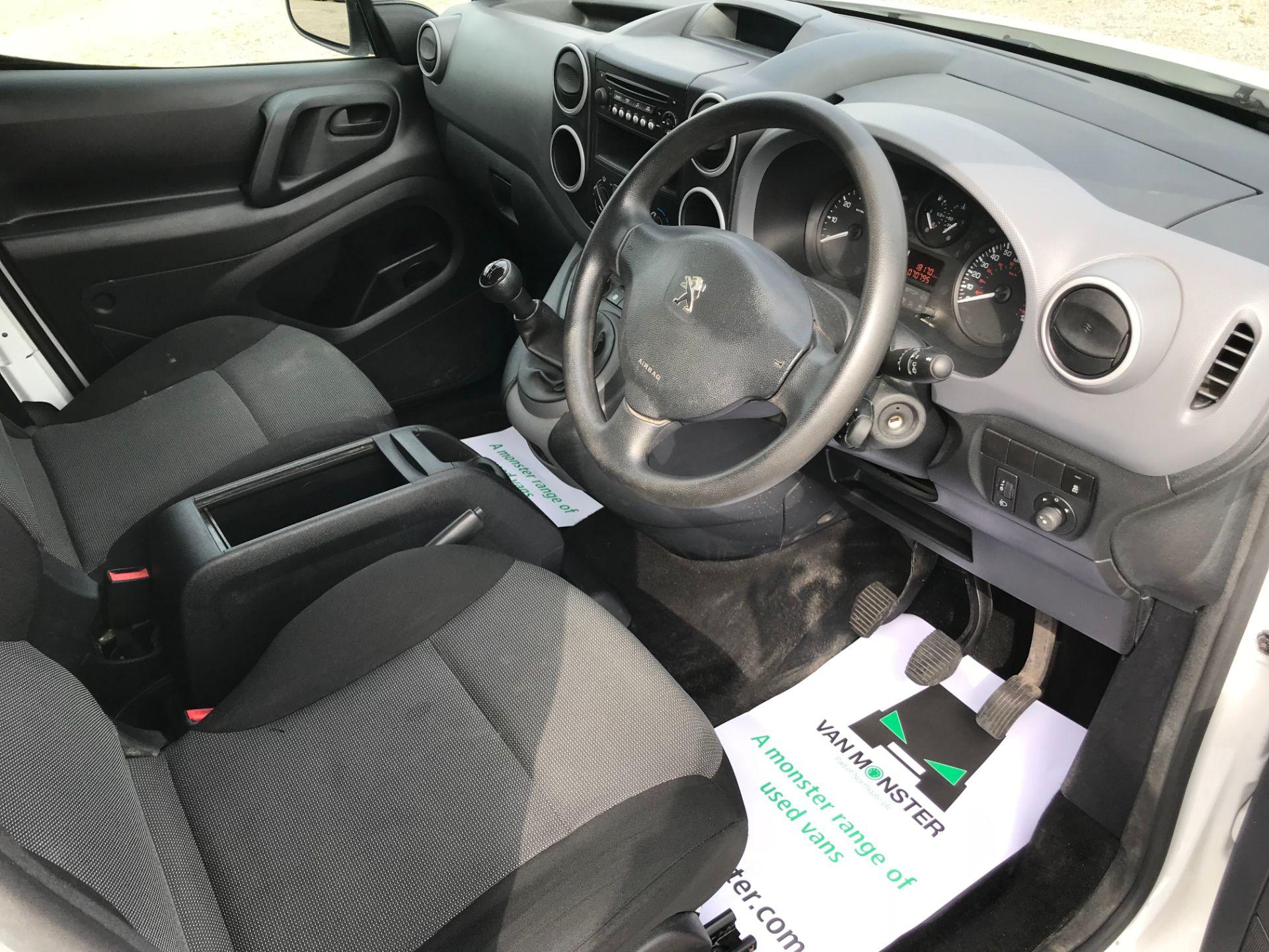 2017 Peugeot Partner 715 S 1.6 Bluehdi 100 Crew Van (NU17ENV) Image 25