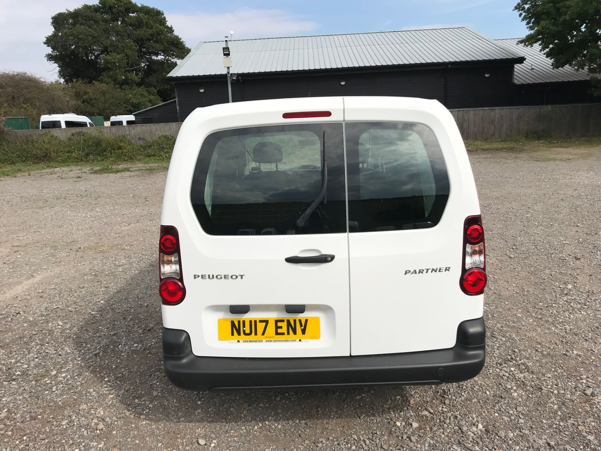 2017 Peugeot Partner 715 S 1.6 Bluehdi 100 Crew Van (NU17ENV) Image 5
