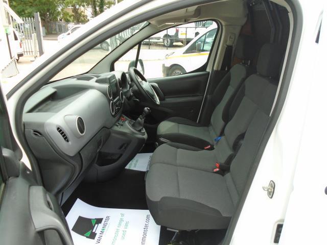 2017 Peugeot Partner 850 1.6 Bluehdi 100 Professional Van [Non Ss] *EURO 6* (NU17GXD) Image 14