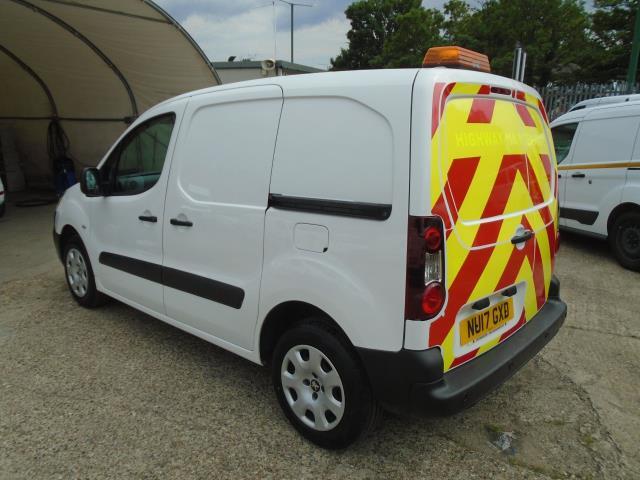 2017 Peugeot Partner 850 1.6 Bluehdi 100 Professional Van [Non Ss] *EURO 6* (NU17GXD) Image 5