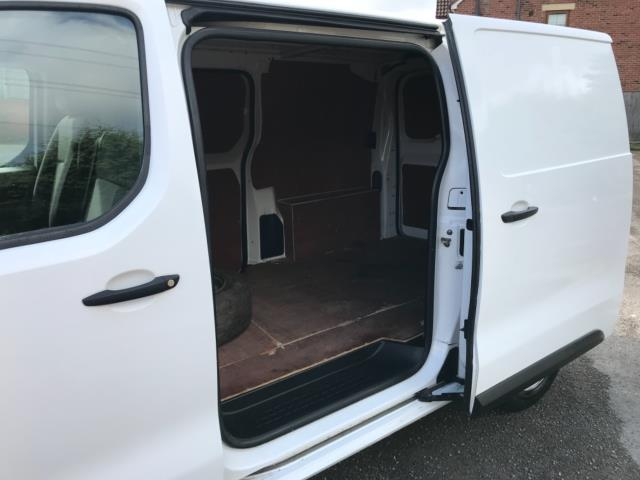 2017 Peugeot Expert 1000 1.6 Bluehdi 95 S Van Euro 6 (NU17HND) Image 34