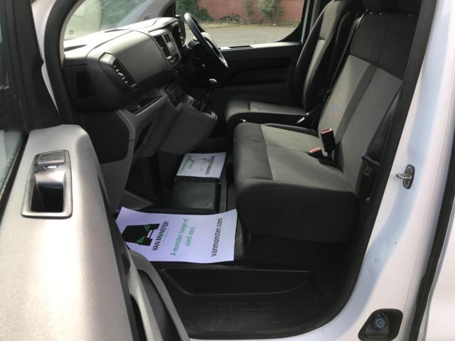2017 Peugeot Expert 1000 1.6 Bluehdi 95 S Van Euro 6 (NU17HND) Image 27