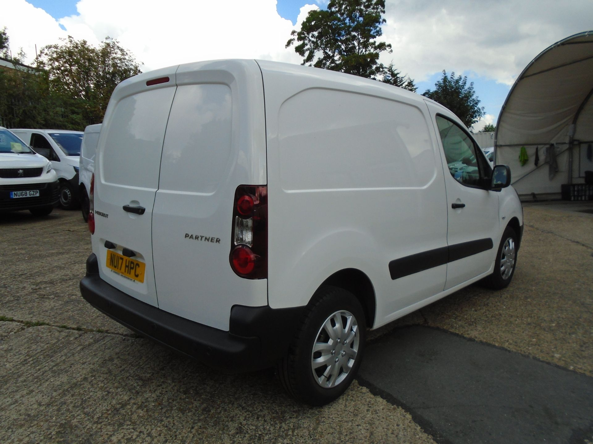 2017 Peugeot Partner 850 1.6 Bluehdi 100 Professional Van [Non Ss] (NU17HPC) Image 6