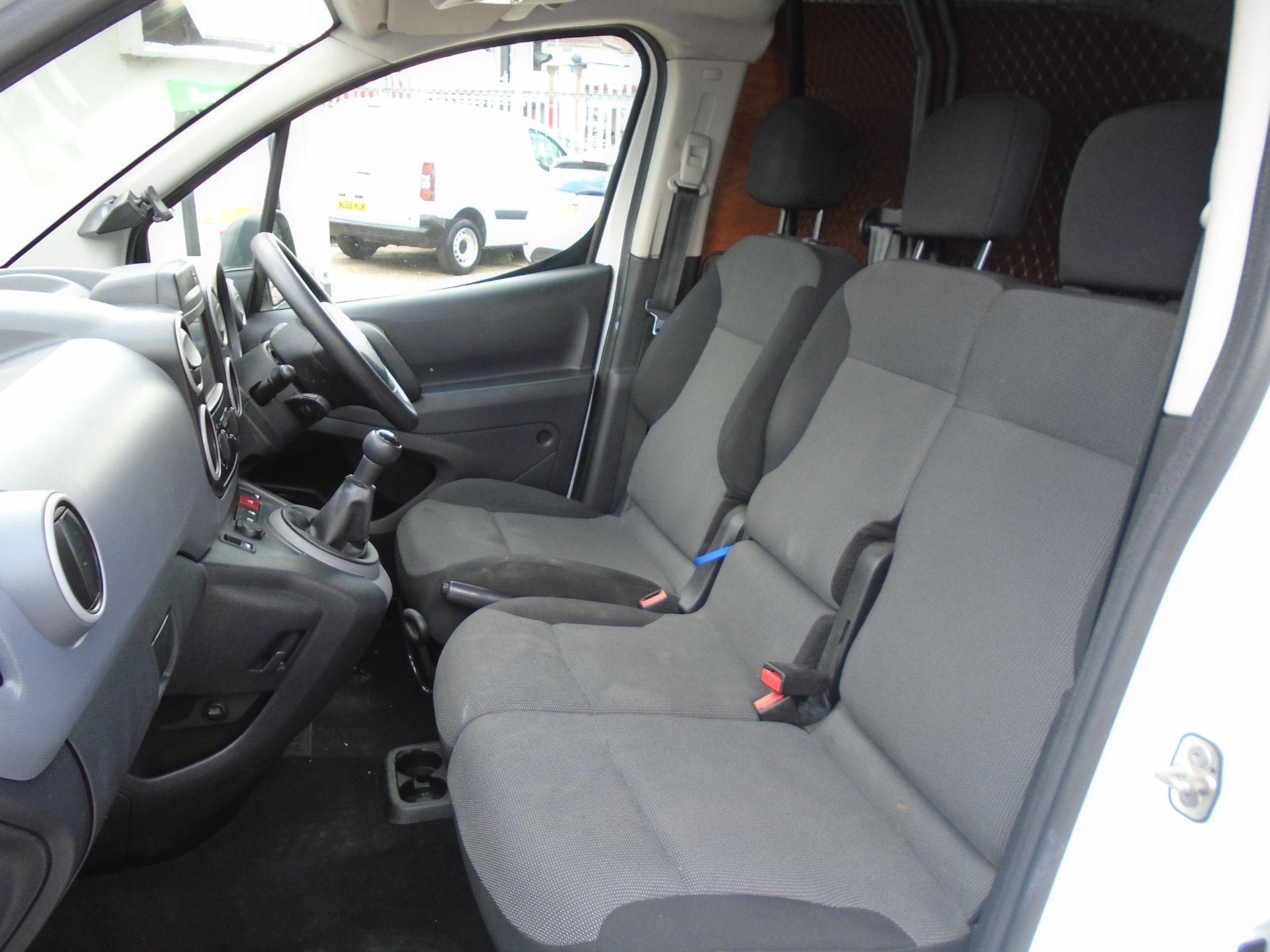 2017 Peugeot Partner 850 1.6 Bluehdi 100 Professional Van [Non Ss] (NU17HPC) Image 17