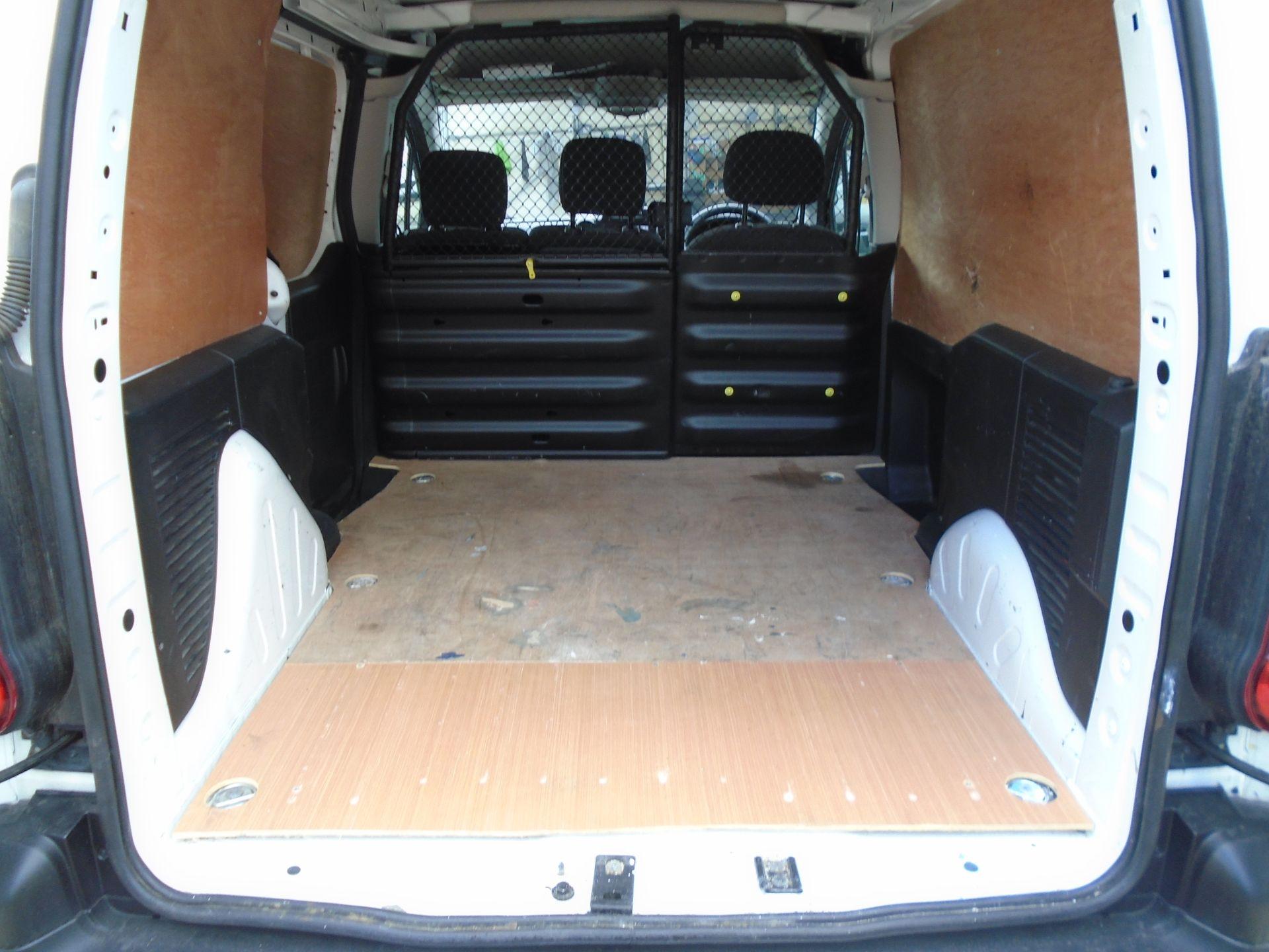 2017 Peugeot Partner 850 1.6 Bluehdi 100 Professional Van [Non Ss] (NU17HPC) Image 12