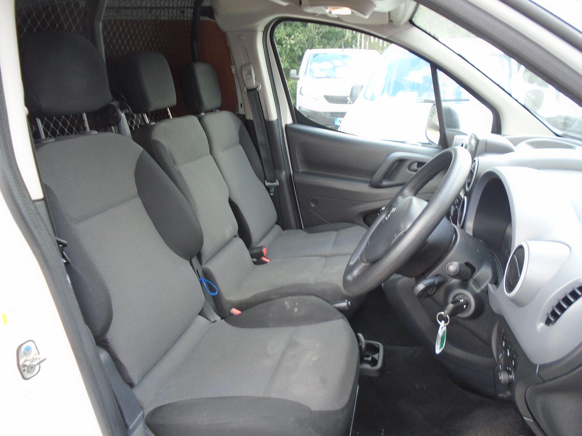 2017 Peugeot Partner 850 1.6 Bluehdi 100 Professional Van [Non Ss] (NU17HPC) Image 19